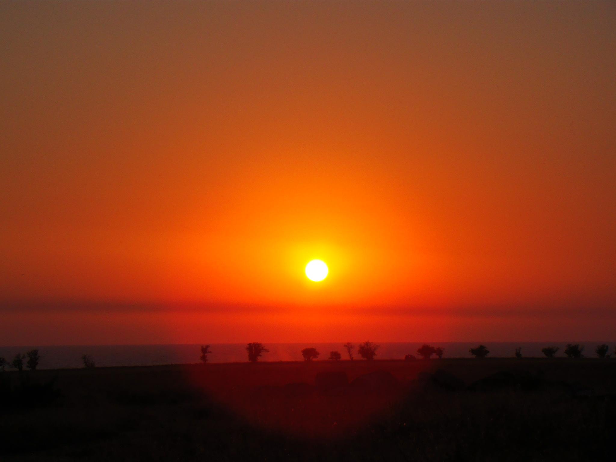закат над морем любуемся прямо с балкона Лавандины андреевка Крым